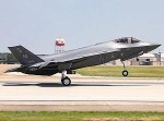 Stealth fighter daylight landing
